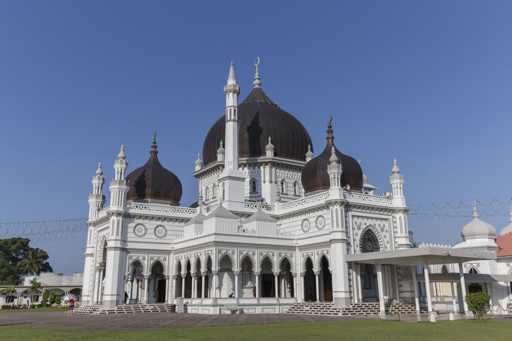 أشهر وأجمل المساجد في ماليزيا  58810316051587158015831586157516071585157016041608158515871610160615751585