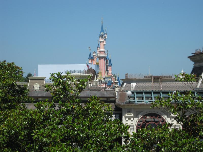 [Disneyland Paris] Séjour de rêve au Disneyland Hotel du 23 au 26 mai 2011 - Page 2 588618IMG3243