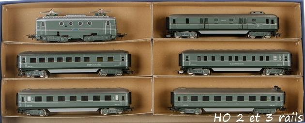 Coffrets Märklin 1936 - 1968 (rouges, noirs, verts ou bleus) 589037RitterNSZugpackungSEH846R