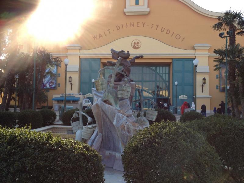 T.R. Séjour Disneyland Paris du 6 au 9 Fevrier 2012 au NPBC 590419376