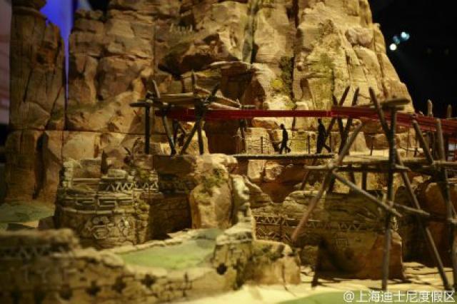 [Shanghai Disneyland] ADVENTURE ISLE (Soaring.../Roaring Rapids/Camp Discovery/Tarzan) 59049625w4