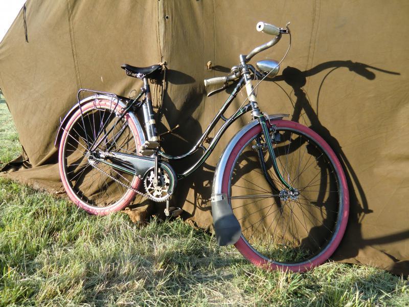 Les vélos 1939-1945 - Page 3 590670CIMG1866