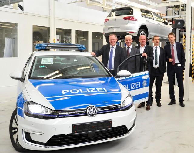 Visite de Stephan Weil, Premier Ministre, à l'usine Volkswagen de Wolfsburg  592454hddb2015al03829large