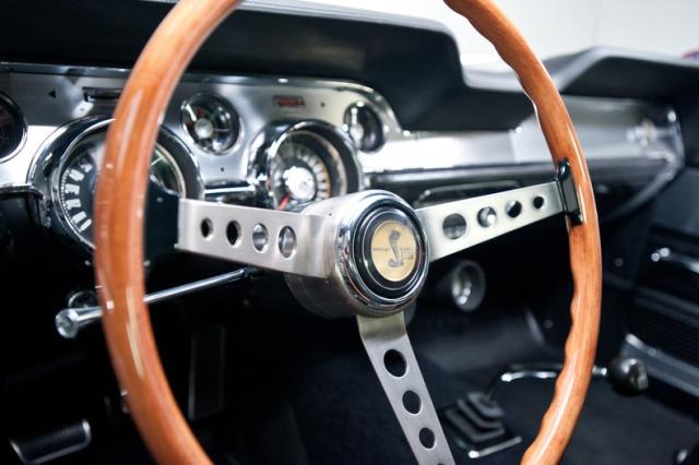 mustang shelby 350 GT 1967  au 1/25 de chez AMT/ERTL  596258interieur18