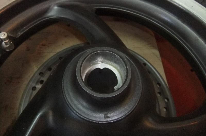 Quatre roulements dans ma roue AV 596699DSCF7874