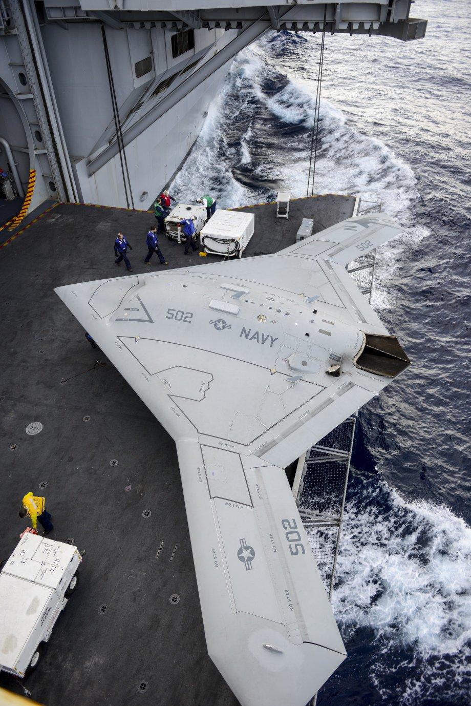 USS George H.W. Bush CVN 77 au 1/700 602156sanstitre