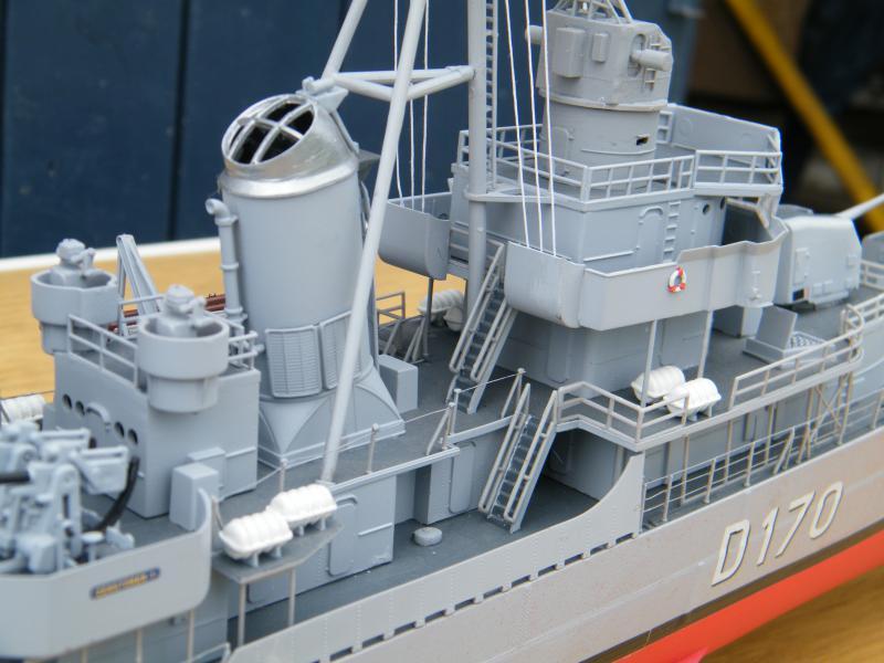 Destroyer Fletcher-Class au 1/144 60248020110723bartjeanjvido0213