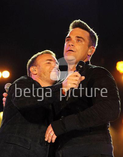 Robbie et Gary au concert Heroes 12-09/2010 60400222291732