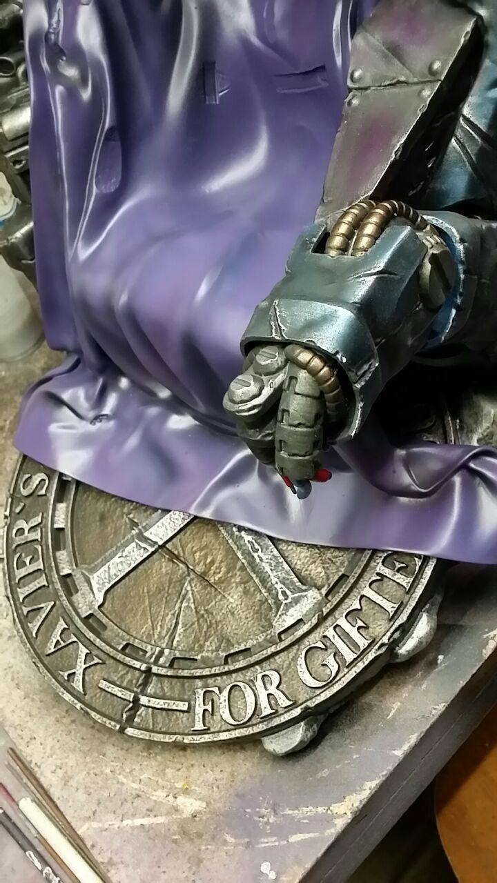 Premium Collectibles : Magneto on Sentinel Throne - Page 4 6067841052053914004353901771561525366207438052045o