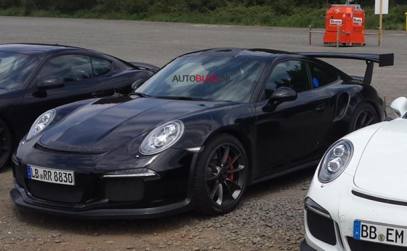 2011 - [Porsche] 911 [991] - Page 5 607427S7SurpriselafuturePorsche911GT3RSdetrespres324680
