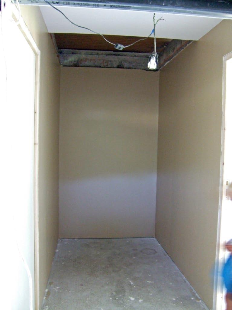 Aménagement d'un sous sol en chambres. 612447travaux26