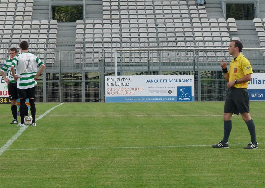 CETTE ( SETE ) ILE SINGULIERE REVIENT EN ( CHAMPIONNAT  DE)  FRANCE DE FOOTBALL AMATEUR  CFA 2 !!!!!!! - Page 3 616849Photo083