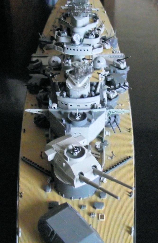 Tirpitz Revell au 1x350 avec PE - Page 2 617638DSCF0338