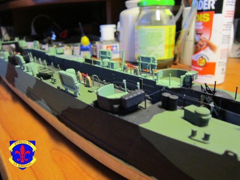 U.S. Navy Landing Ship Médium (Early) au 1/144 de Revell par Pascal 94 - Page 11 617991IMG43231