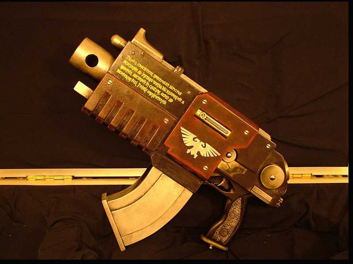 L'Armurerie W40K :  armes pour les grands enfants ! 620121bolter2