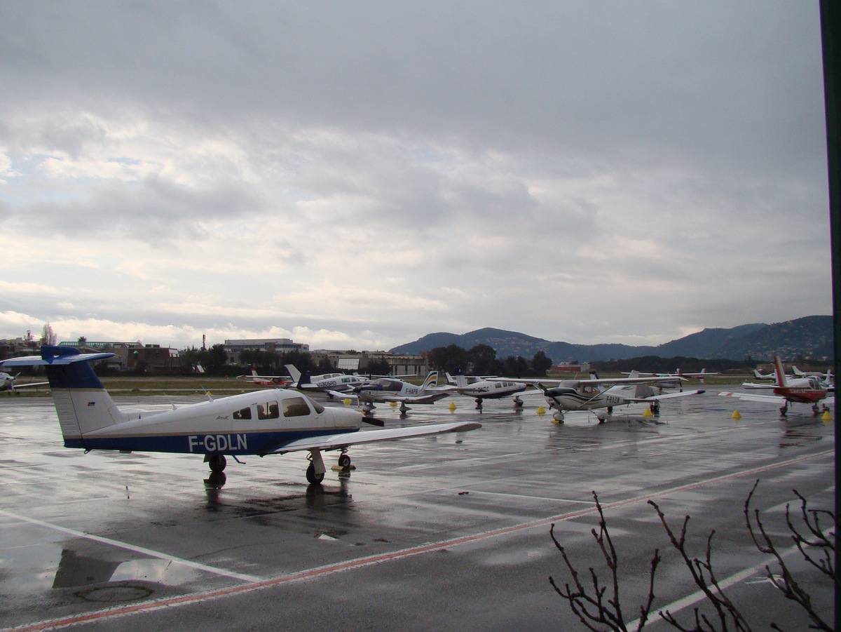Aeroport Cannes-Mandelieu , LFMD , Février 2015 622682DSC04188