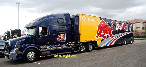 Nascar & Jeff Gordon's tribute 6268344RedBullHauler