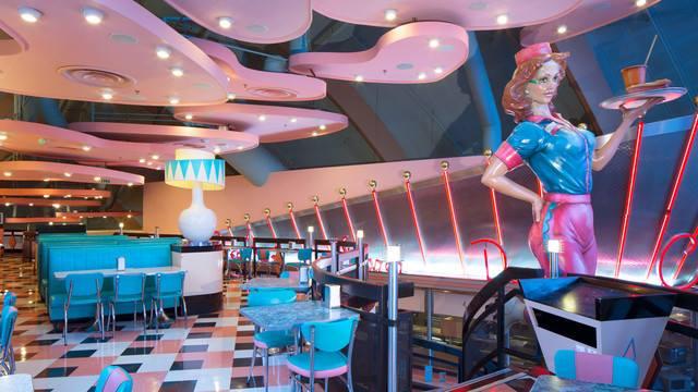 Annette's Diner (Disney Village) - Page 7 6280722115009813636156837470963364341244901168309n