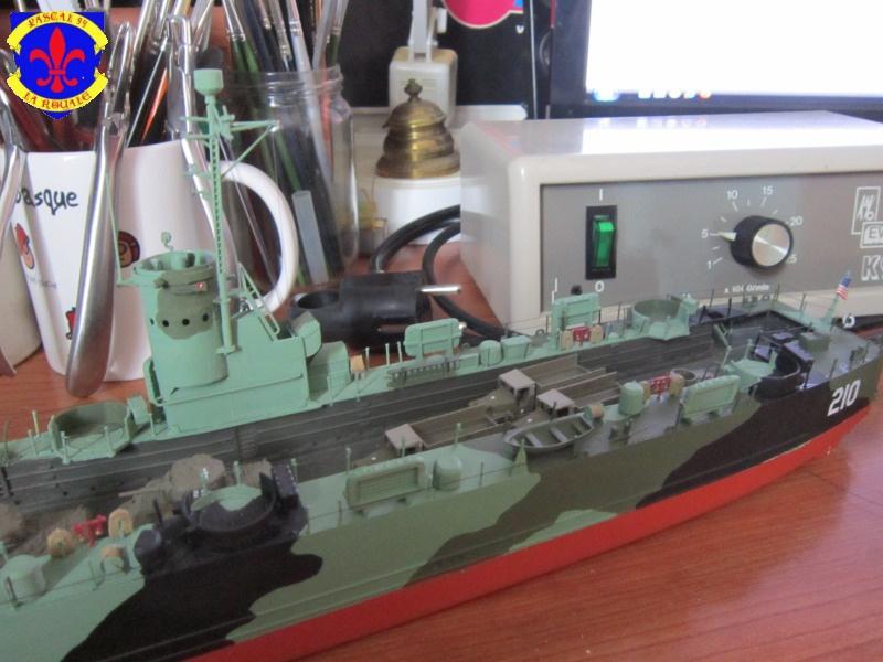 U.S. Navy Landing Ship Médium (Early) au 1/144 de Revell par Pascal 94 - Page 14 628205IMG43881