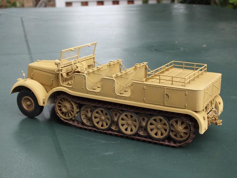Sd.Kfz.8 Schwerer Zugkraftwagen 12 ton (Trumpeter 1/35) (DÉBUT DE PEINTURE) - Page 3 630548DSCF5789
