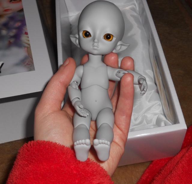 Nouvelles dolls : DimAria, LTF Ante et Lishe :) - Page 5 633274KaiGris