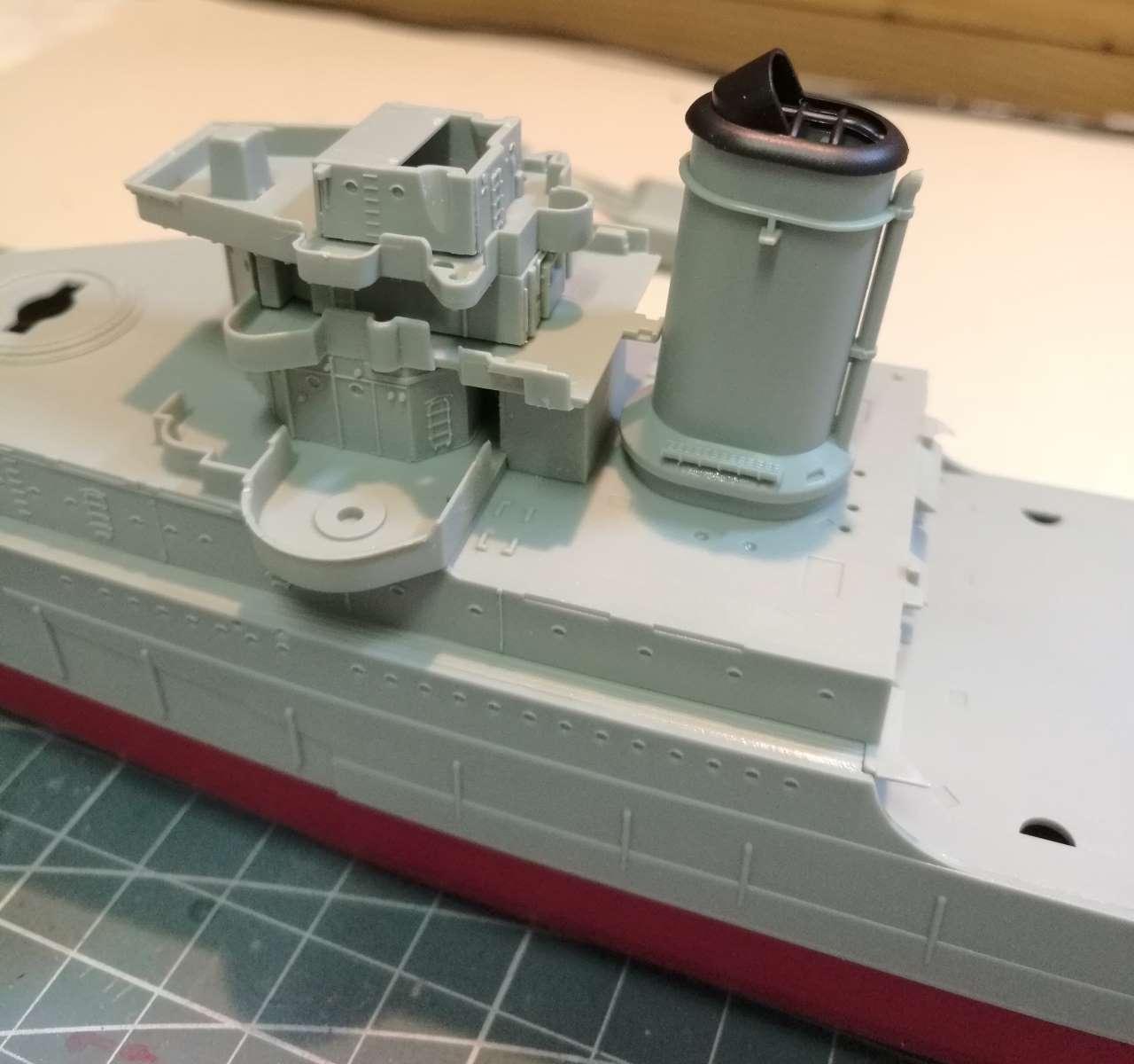 USS Indianapolis 1/350 Academy - 1945 635029Indianapolis8