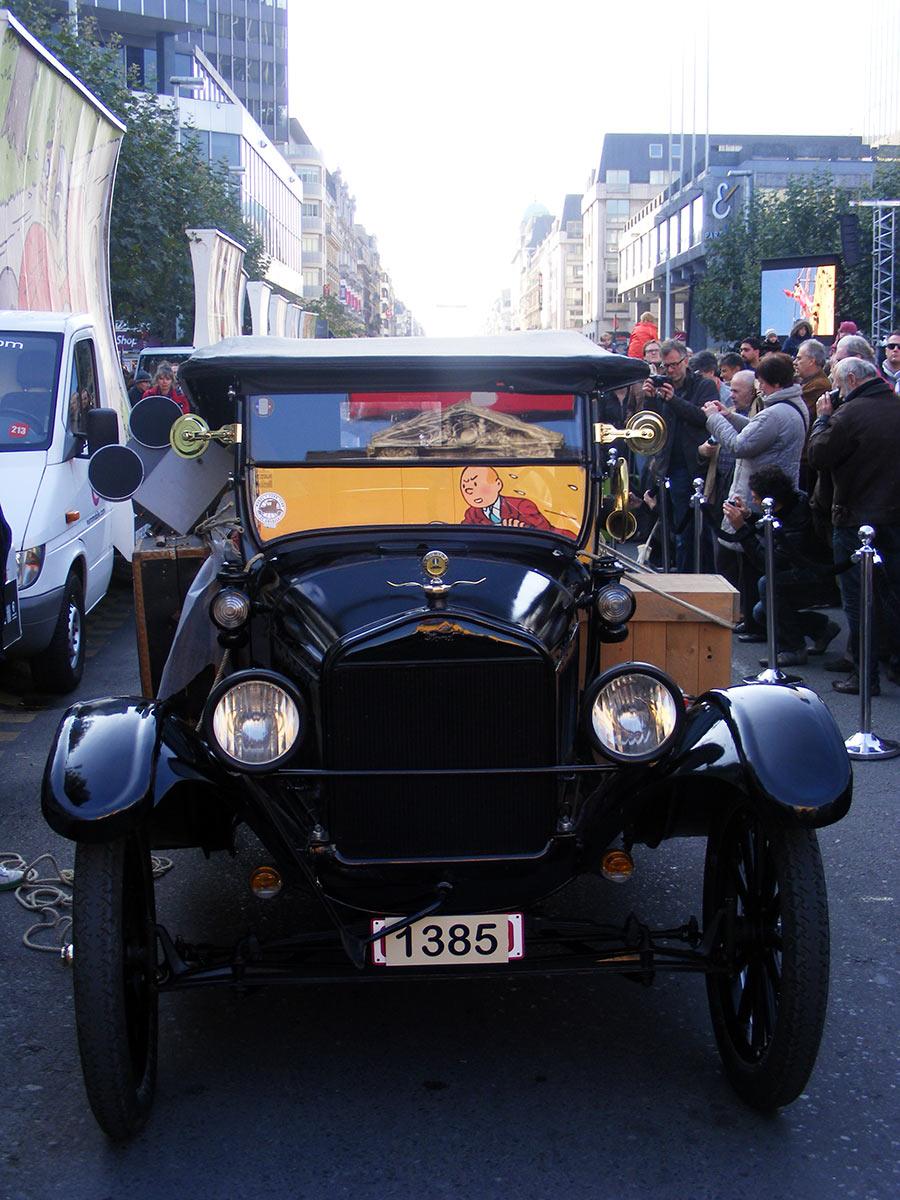 """Bruxelles côté BD  """"Tintin en automobile"""" - Page 2 635135DSCF6279"""