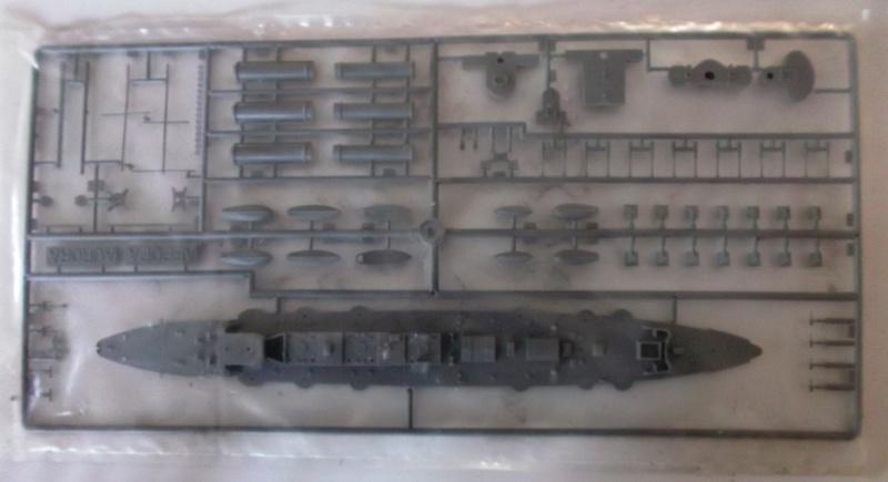 croiseur AURORA 1/400ème Réf L 785 635229aurora6
