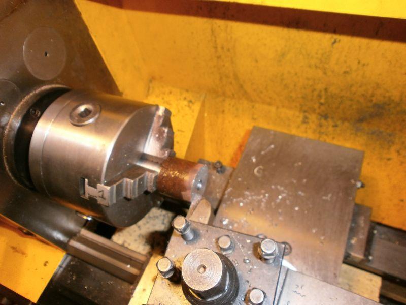 Fabrication d'un raccord pour ma pompe à lubrifiant 636834PB090016