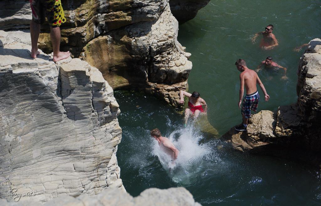 Plongeons aux cascades du Sautadet 637440DSC0448