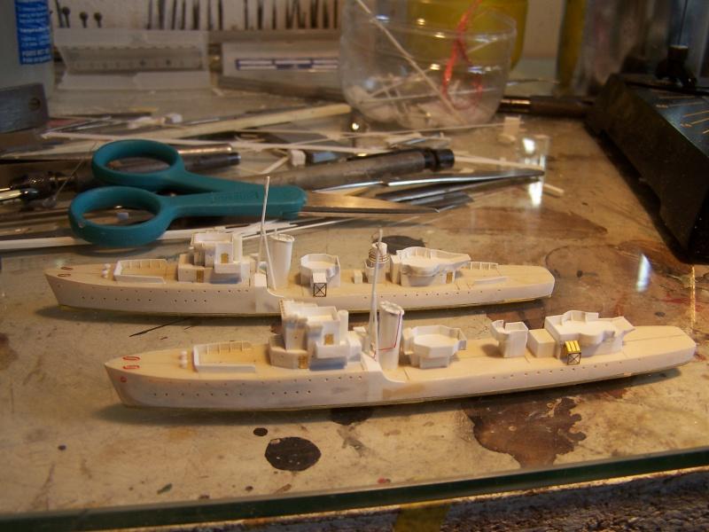 Destroyers classe Hunt type 2 et 3 - Page 2 643148Hutn2et3013