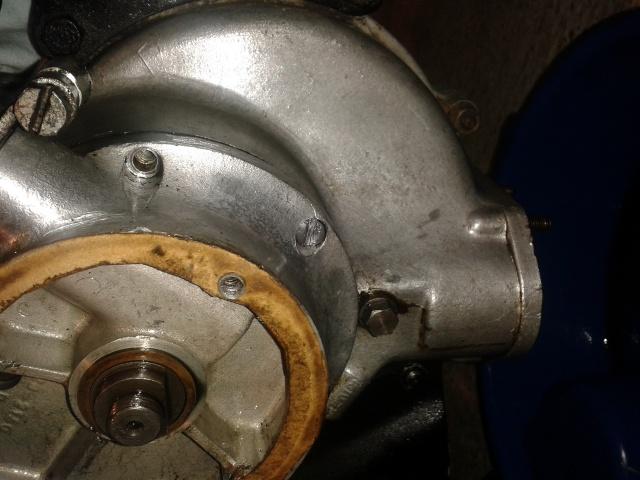 Débris dans dans pompe à huile C11 64848920140114190105