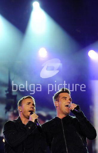 Robbie et Gary au concert Heroes 12-09/2010 64852922291750