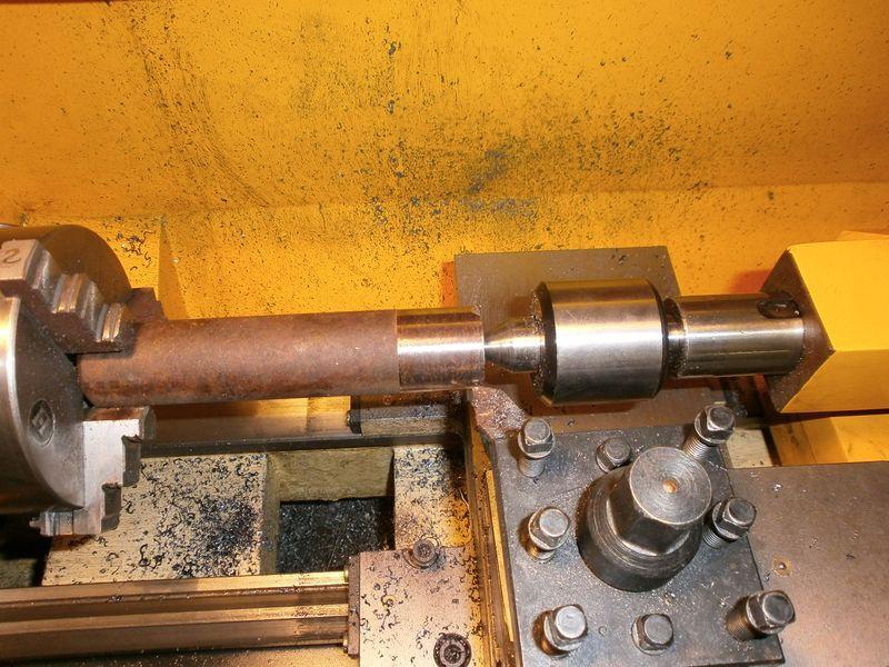 Fabrication d'un raccord pour ma pompe à lubrifiant 650131PB090010