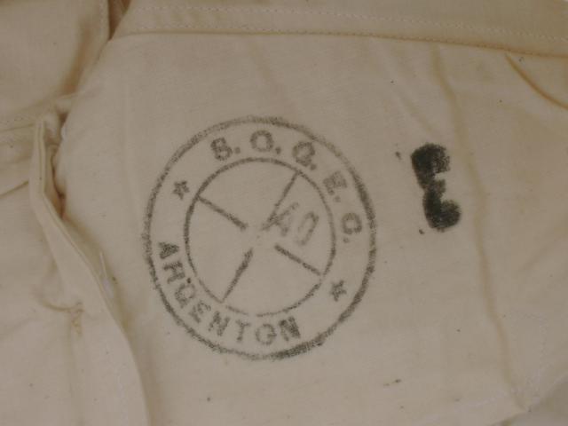 Sous Vêtements et caleçons trouvés aux encombrants (sur le trottoir) 650253militaria014