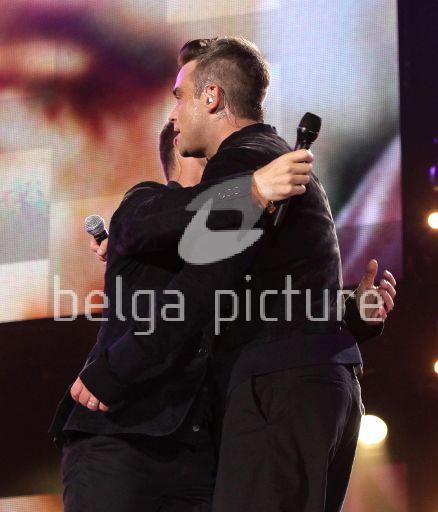Robbie et Gary au concert Heroes 12-09/2010 65152122292379