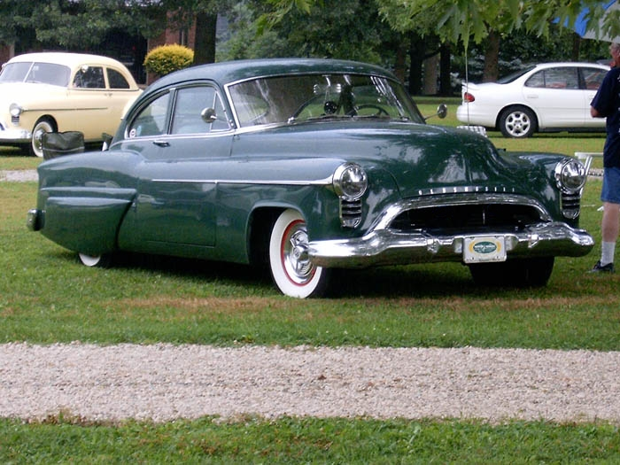 Oldsmobile 1948 - 1954 custom & mild custom - Page 2 654042HPIM0982