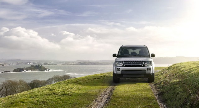 Land Rover célèbre les 25 ans du Discovery avec l'édition spéciale 'XXV' 657255landroverdiscoveryeditionlimitee1
