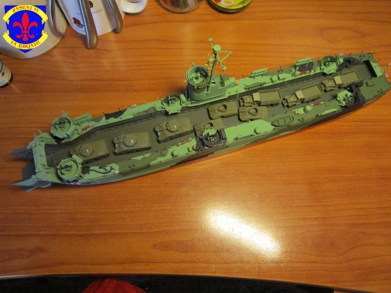 U.S. Navy Landing Ship Médium (Early) au 1/144 de Revell par Pascal 94 - Page 15 657696IMG44181