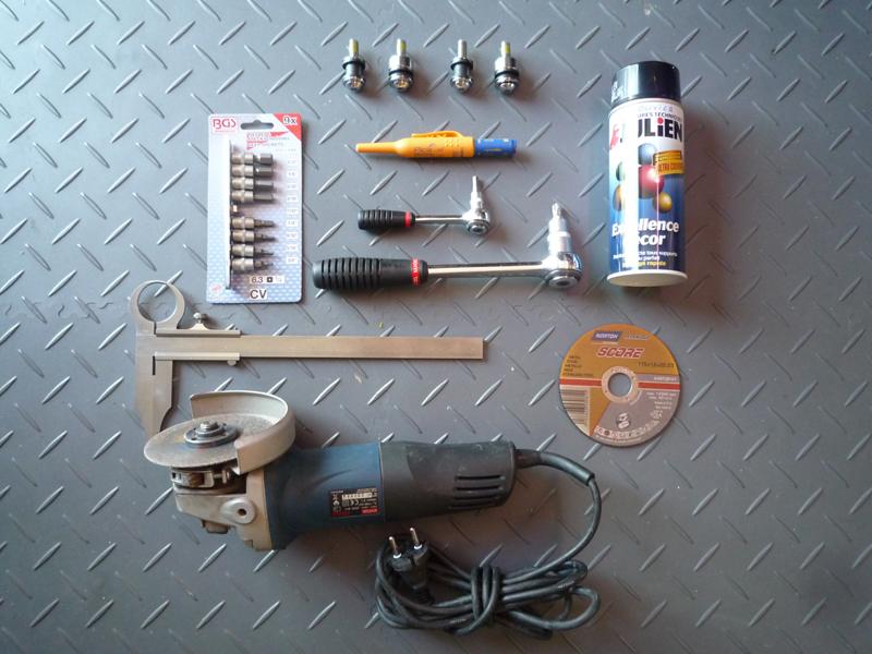 Montage d'un sissy-bar amovible sur mon SLIM... - Page 4 65890300Outillagencessaire