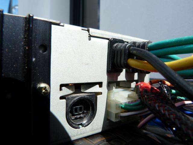 //////Alpine CTA 1505, un super tuner pour un système évolutif! 661694P1150361