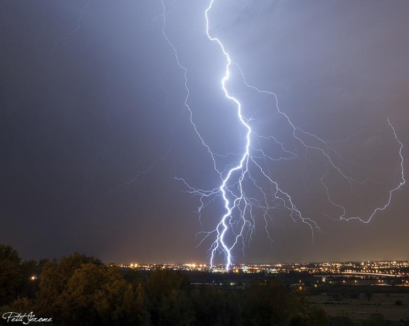 Orages monstres sur le Bordelais dans la nuit du 25 au 26/07 et du 26 au 27/07 668971jpg