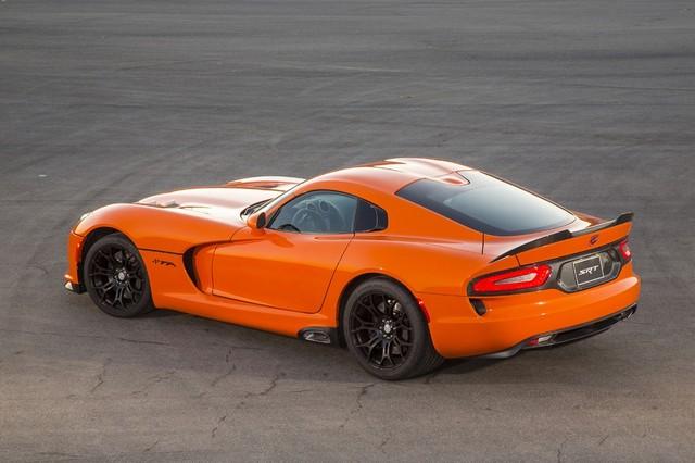 Salon auto de New York 2013 : SRT Viper TA (Time Attack) 671339SRTViperTA1