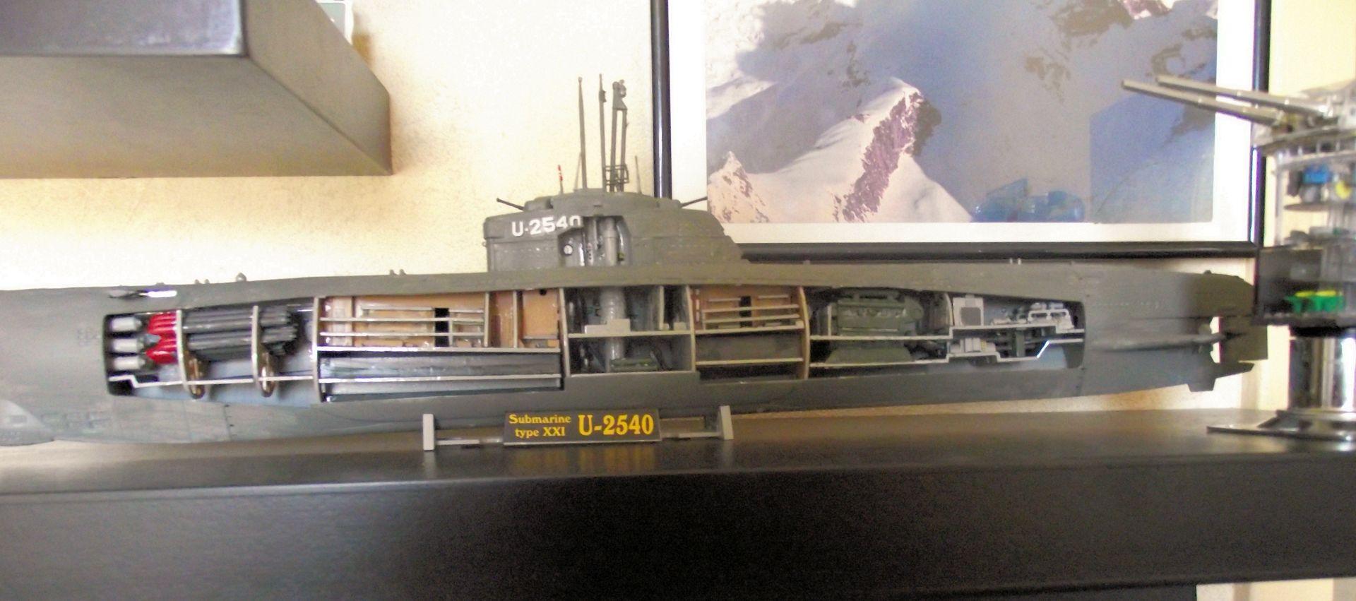 Sous marin Type XXI Revell au 1/125 672081DSCF0813