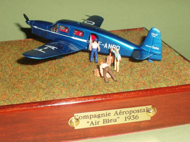 Heller avion Caudron Simoun (version Air Bleu). 673631dioramacaudron024