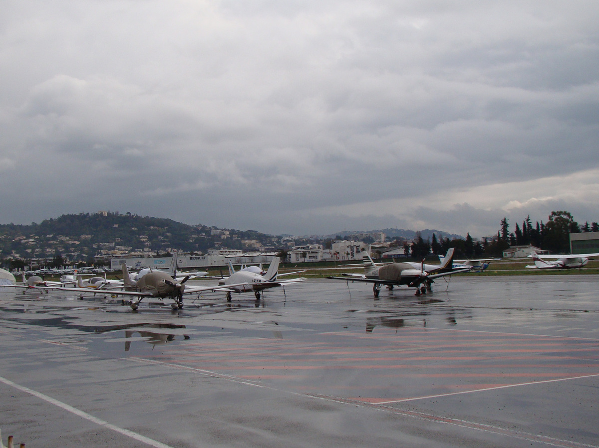 Aeroport Cannes-Mandelieu , LFMD , Février 2015 675744DSC04191