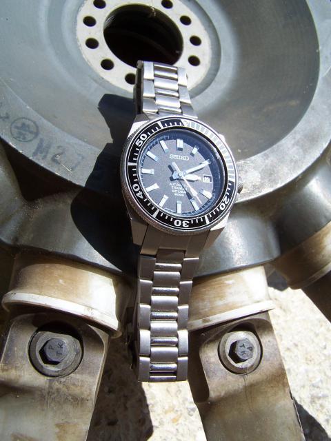 FEUX de vos montres en titane! 677353032