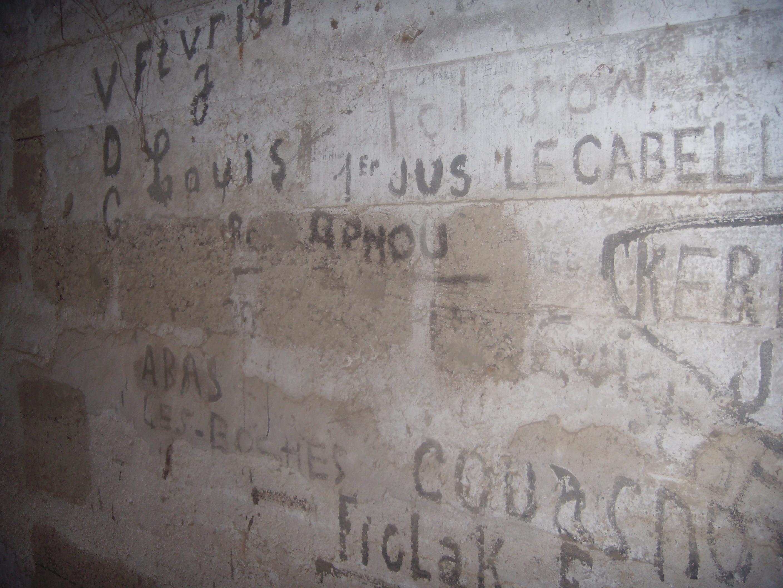 [ Histoires et histoire ] Fortifications et ouvrages du mur de l'Atlantique - Page 8 677887DSCN760920141015211850