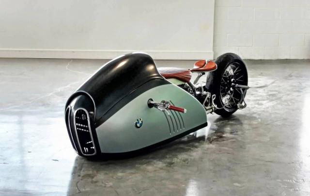 C'est ici qu'on met les bien molles....BMW Café Racer - Page 4 680981BMWAlphaconcept001