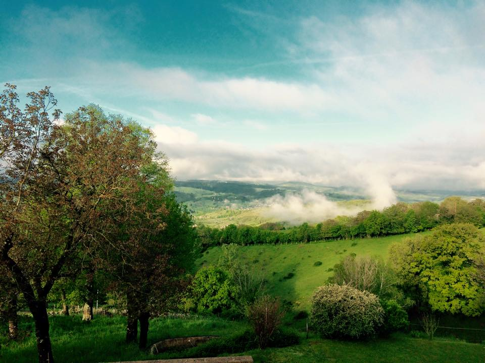 Mes vacances en Aveyron 684737vuemaison